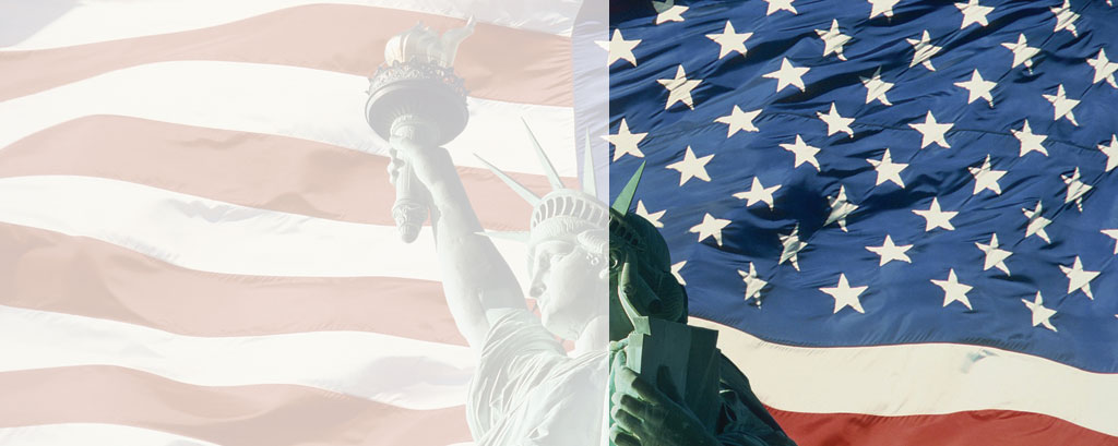 statue-liberty-and-american-flag-new-york1 (1)